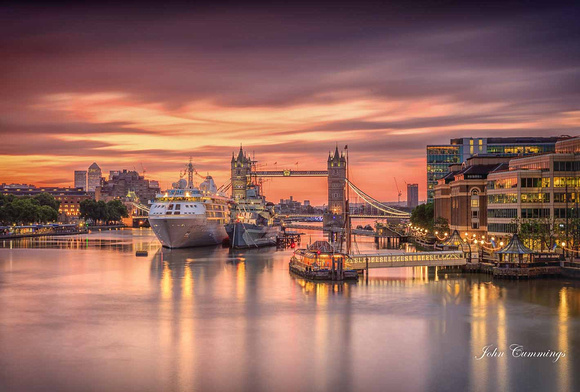 Sunrise, Tower Bridge, London
